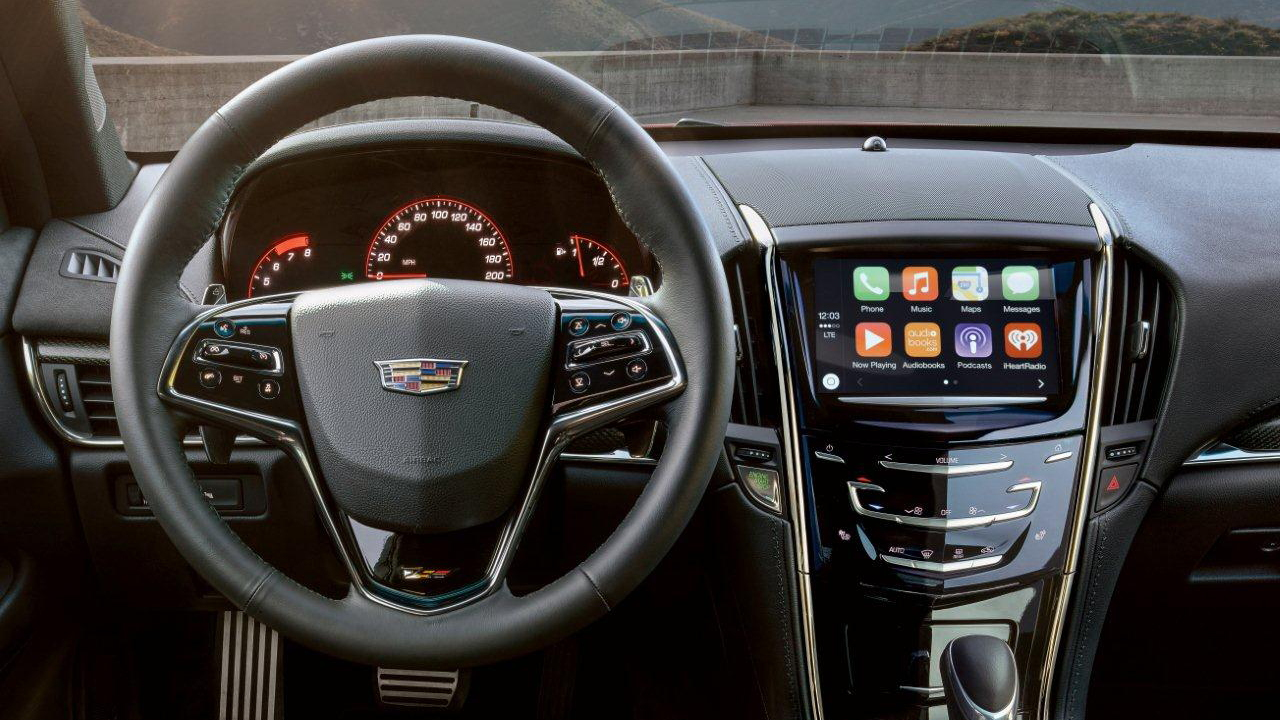 Cadillac CUE With Apple CarPlay