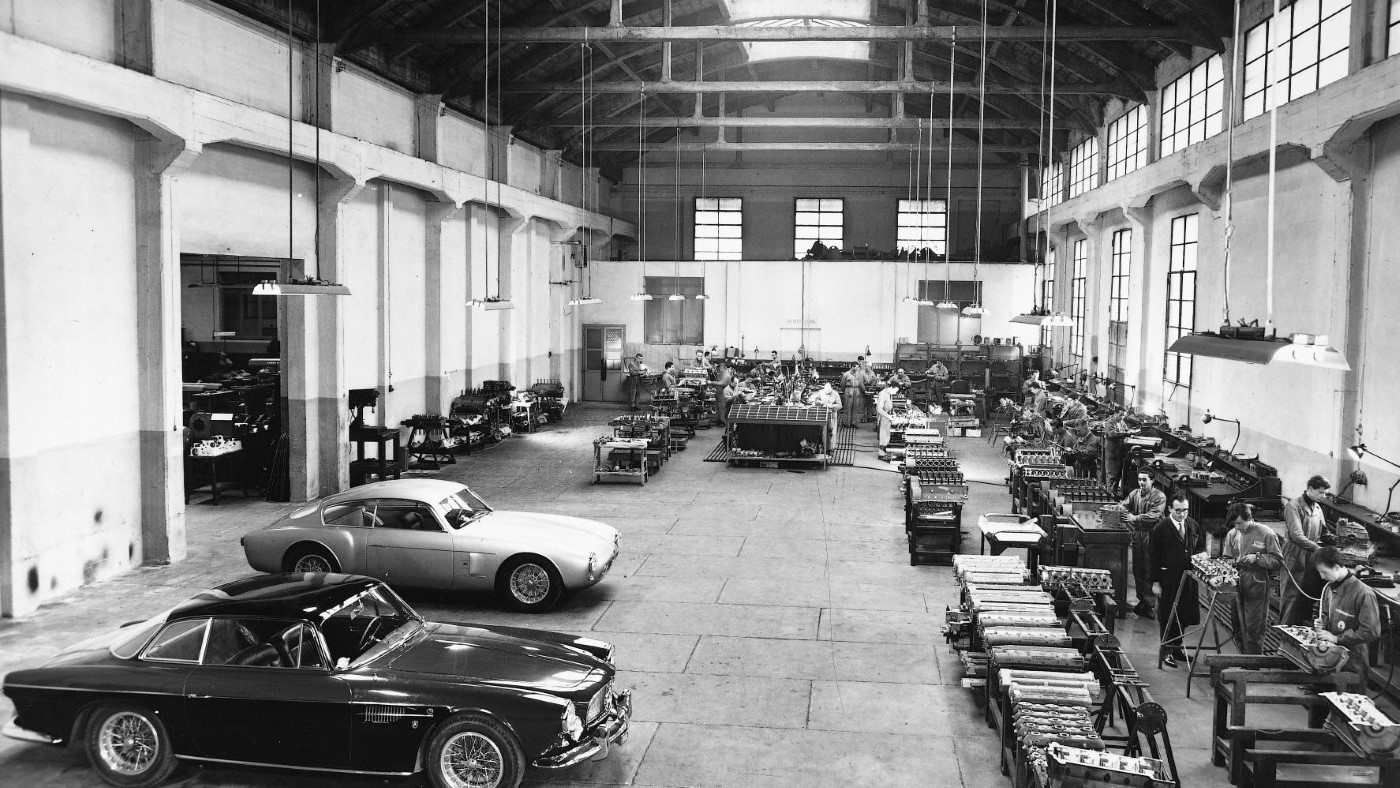 Maserati factory engine assembly line (1956)