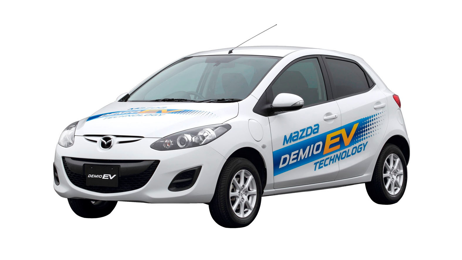 马自达 Demio EV test-fleet electric car in Japan (aka 马自达2)