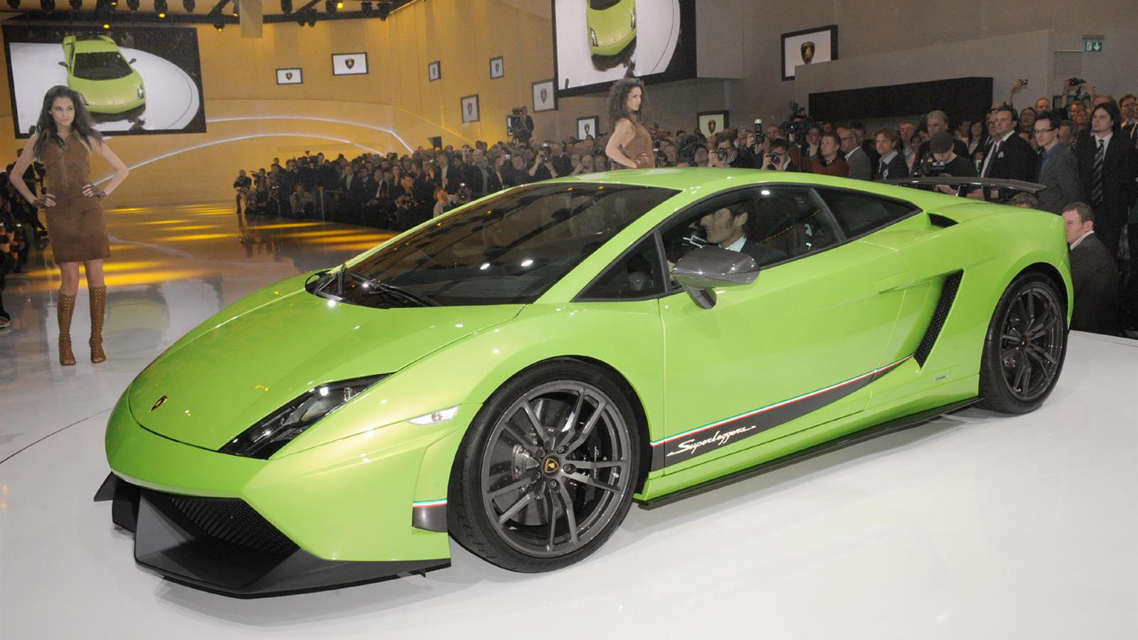 Lamborghini Gallardo LP 570-4 Superleggera live in Geneva. Photos © United Pictures, Int'l.