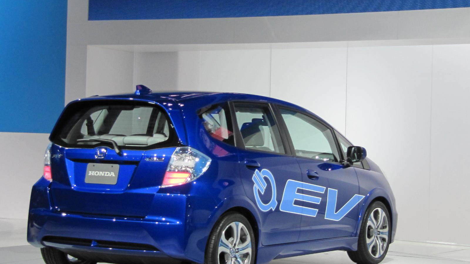 2012 Honda Fit EV electric car concept, launched at 2010 Los Angeles Auto Show