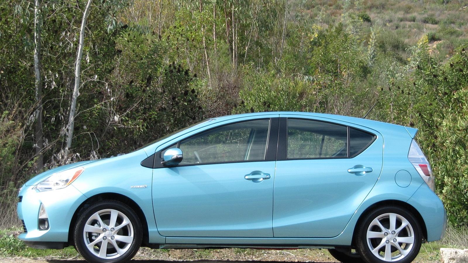 2012 Toyota Prius C, drive event, La Jolla, CA, Feb 2012