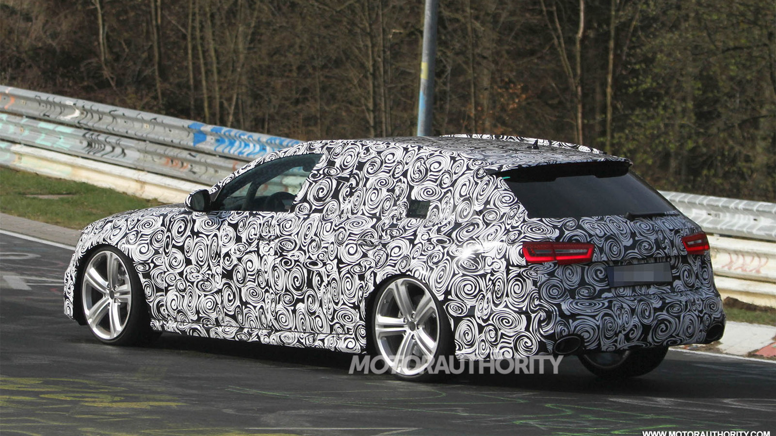 2014 Audi RS 6 Avant spy shots