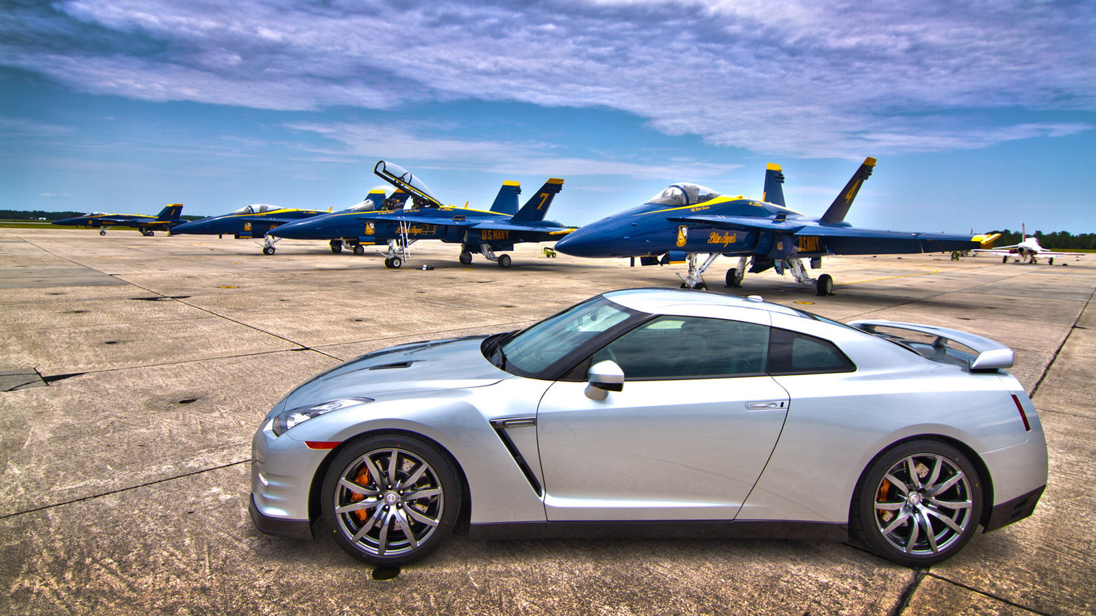 2013 Nissan GT-R and the Blue Angels