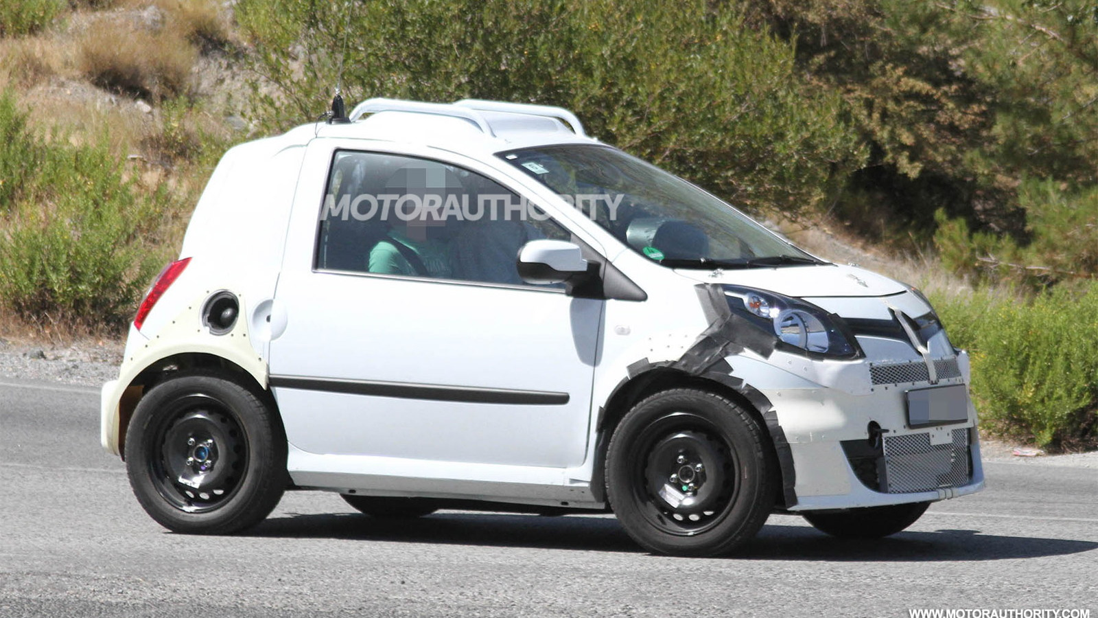 2015 Smart Fortwo test mule spy shots