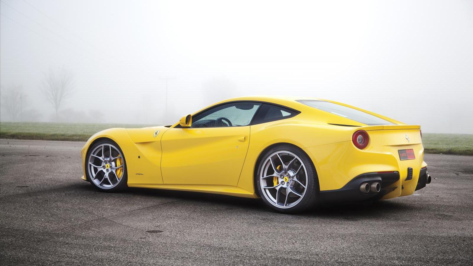 2013 Ferrari F12 Berlinetta by Novitec Rosso
