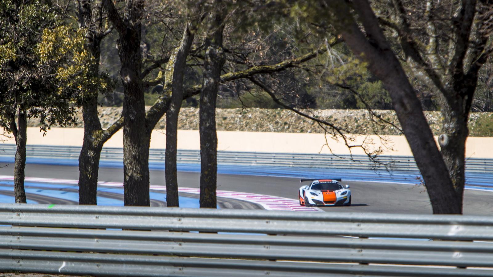 2013 McLaren 12C GT3 race car