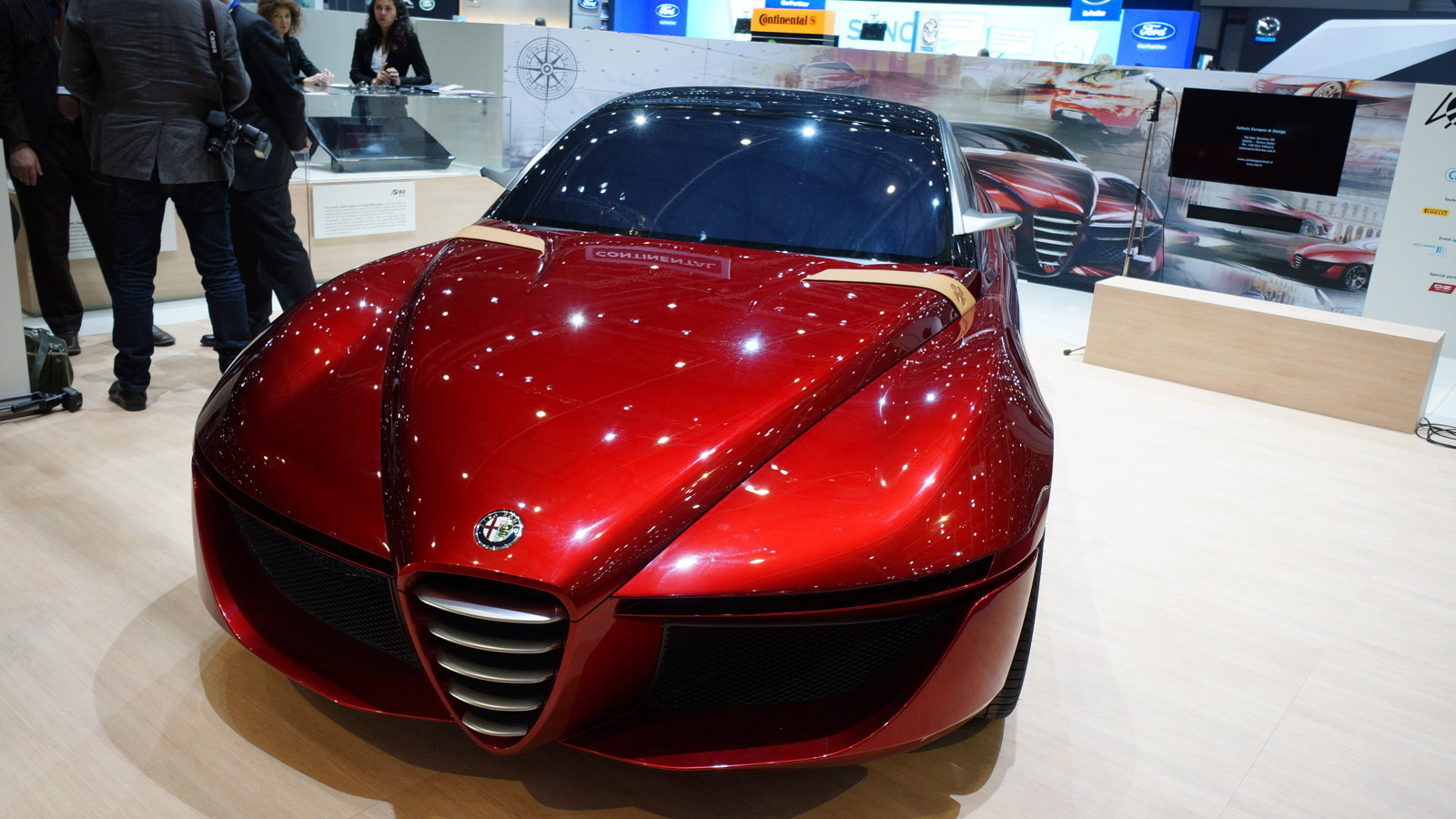 Alfa Romeo Gloria concept, 2013 Geneva Motor Show