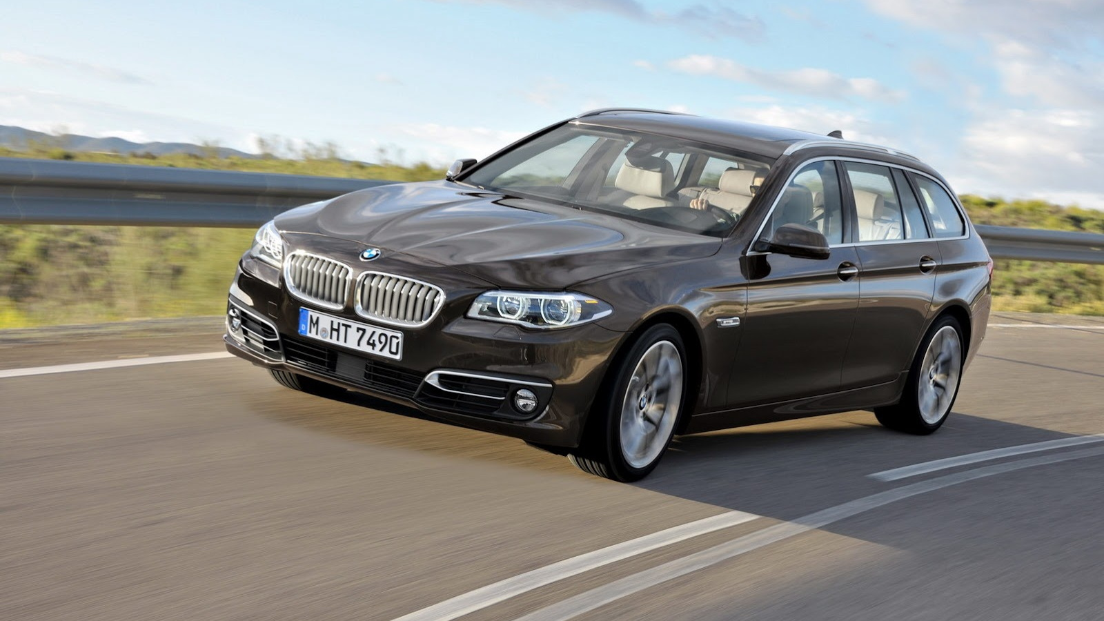 2014 Bmw 5 Series Family On Video
