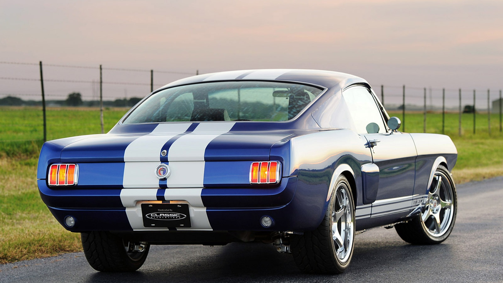 Classic Recreationss 1966 Mustang Fastback Shelby GT350CR