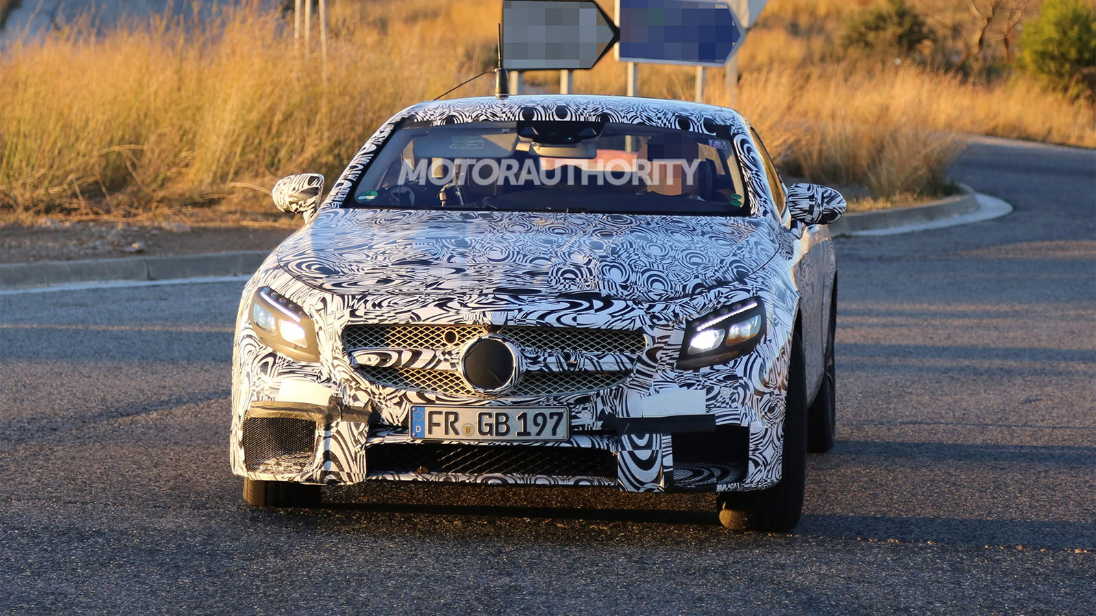 2015 Mercedes-Benz S63 AMG Coupe spy shots