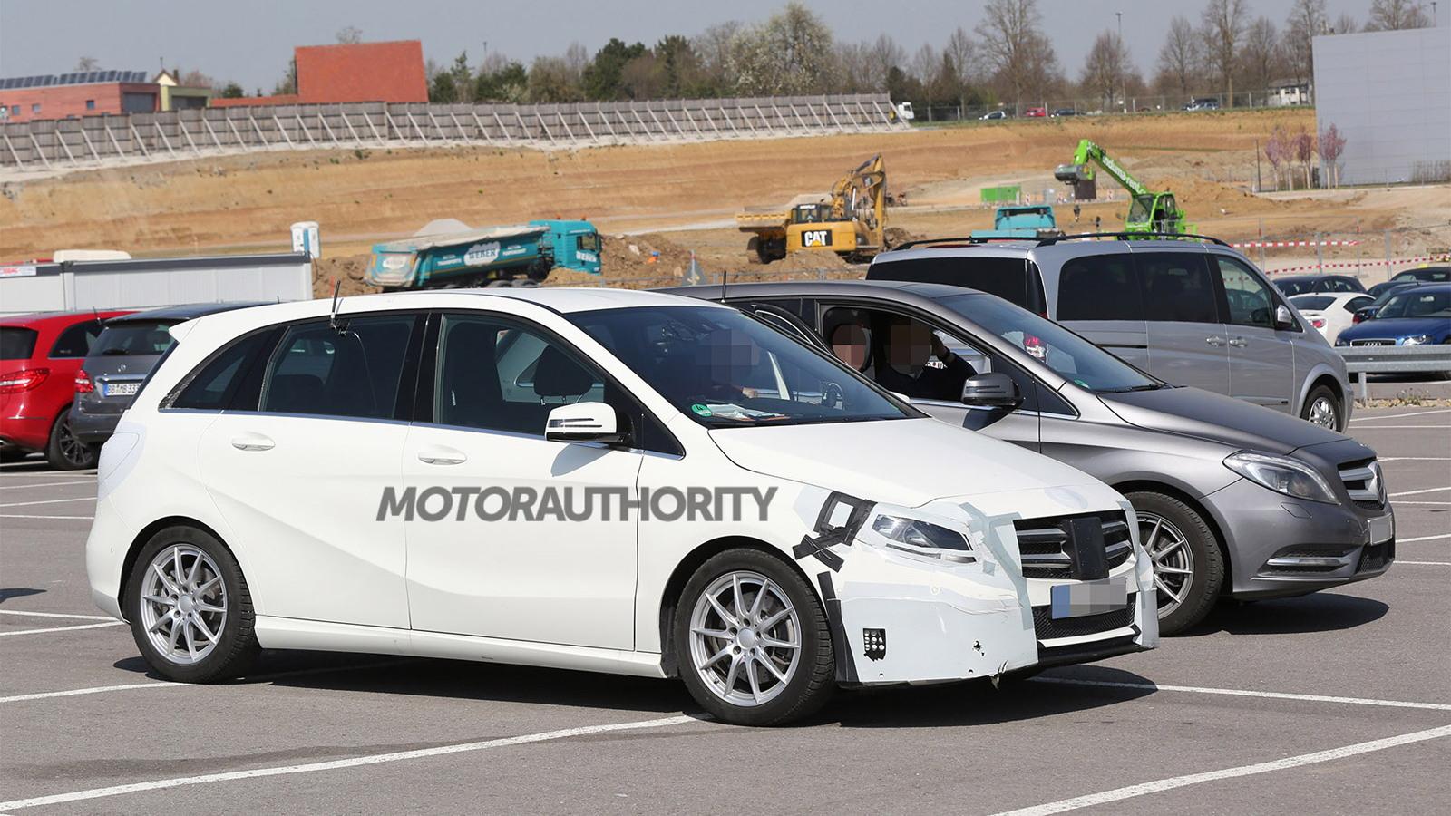2015 Mercedes-Benz B-Class facelift spy shots