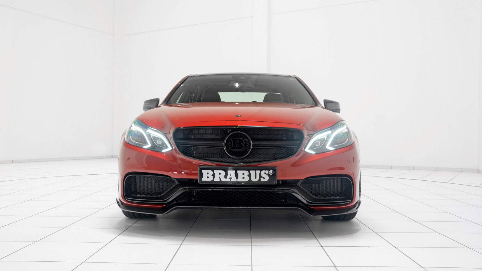 Brabus 850 6.0 Biturbo based on the 2014 Mercedes-Benz E63 AMG