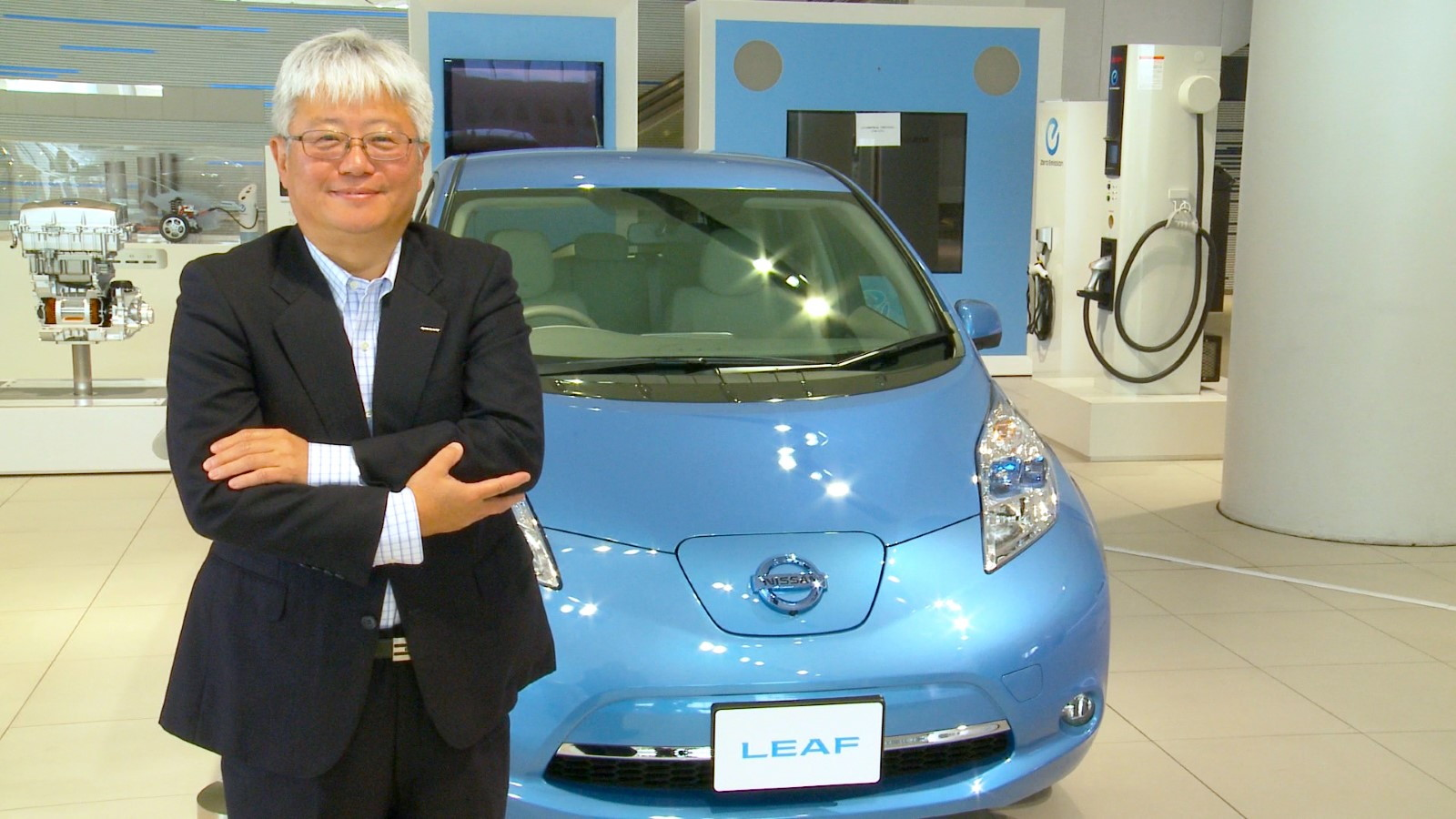 "Nissan Leaf ""Beyond Zero Emissions"""