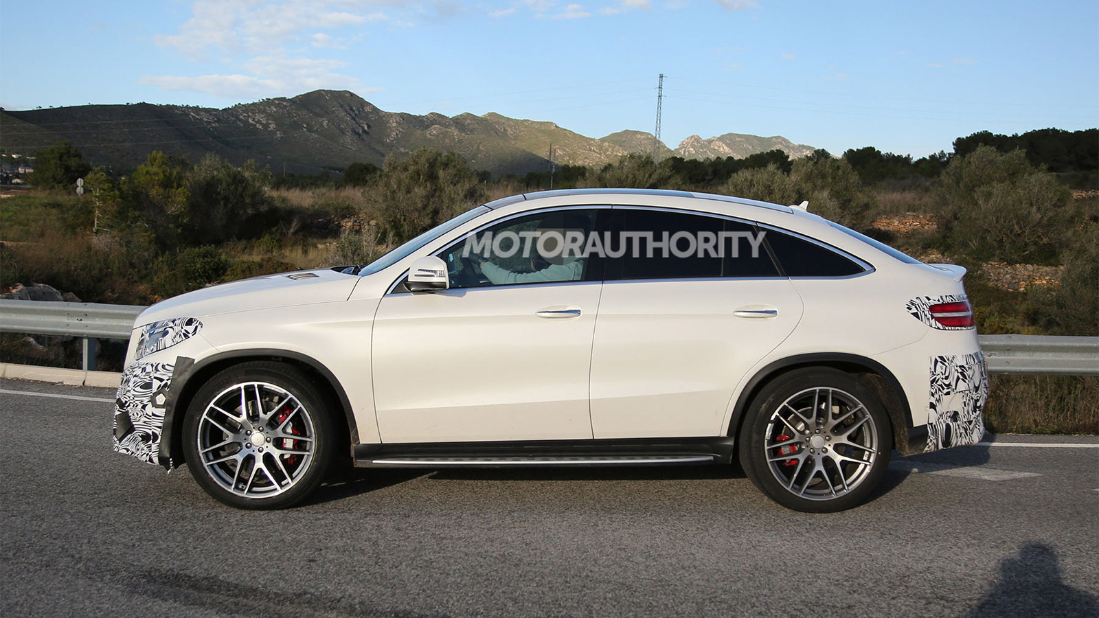 2016 Mercedes-AMG GLE63 Coupe spy shots