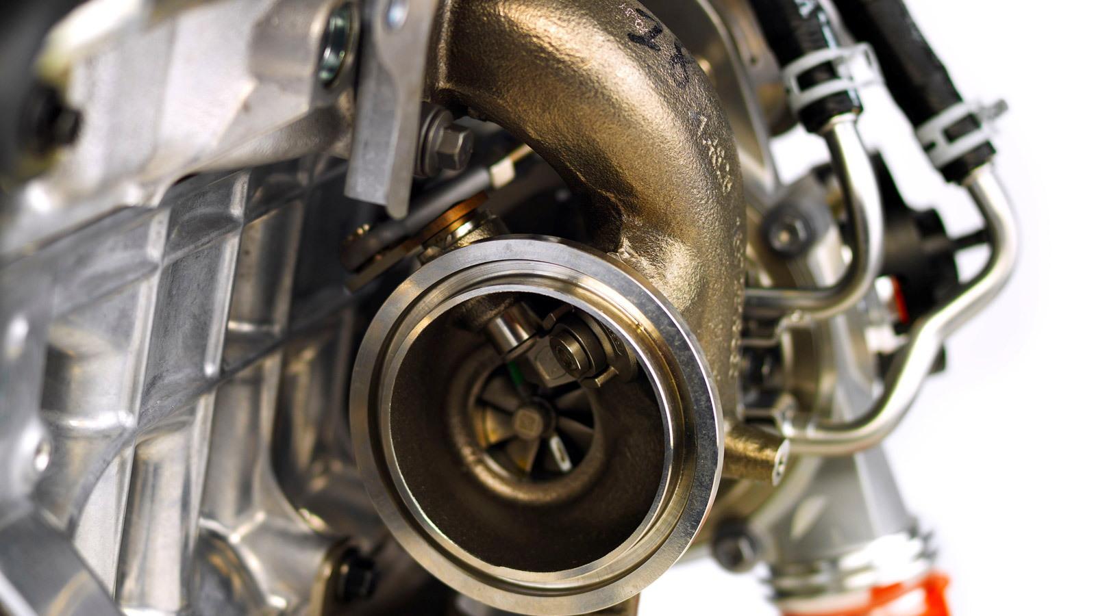 Volvo three-cylinder engine