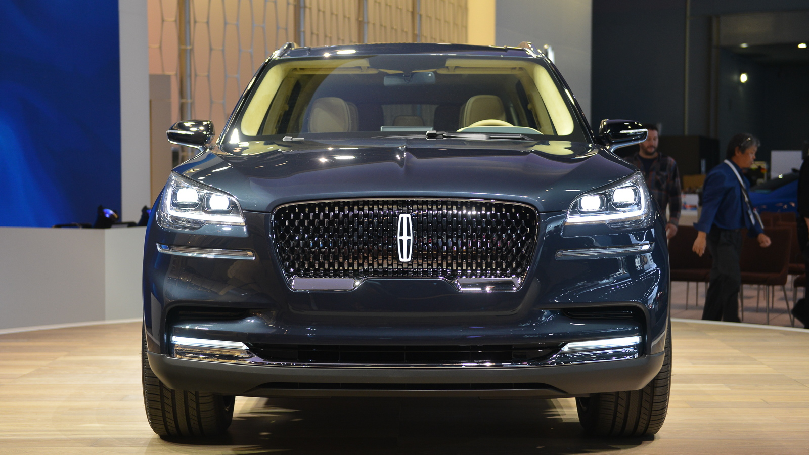 Lincoln Aviator SUV, 2018 New York auto show