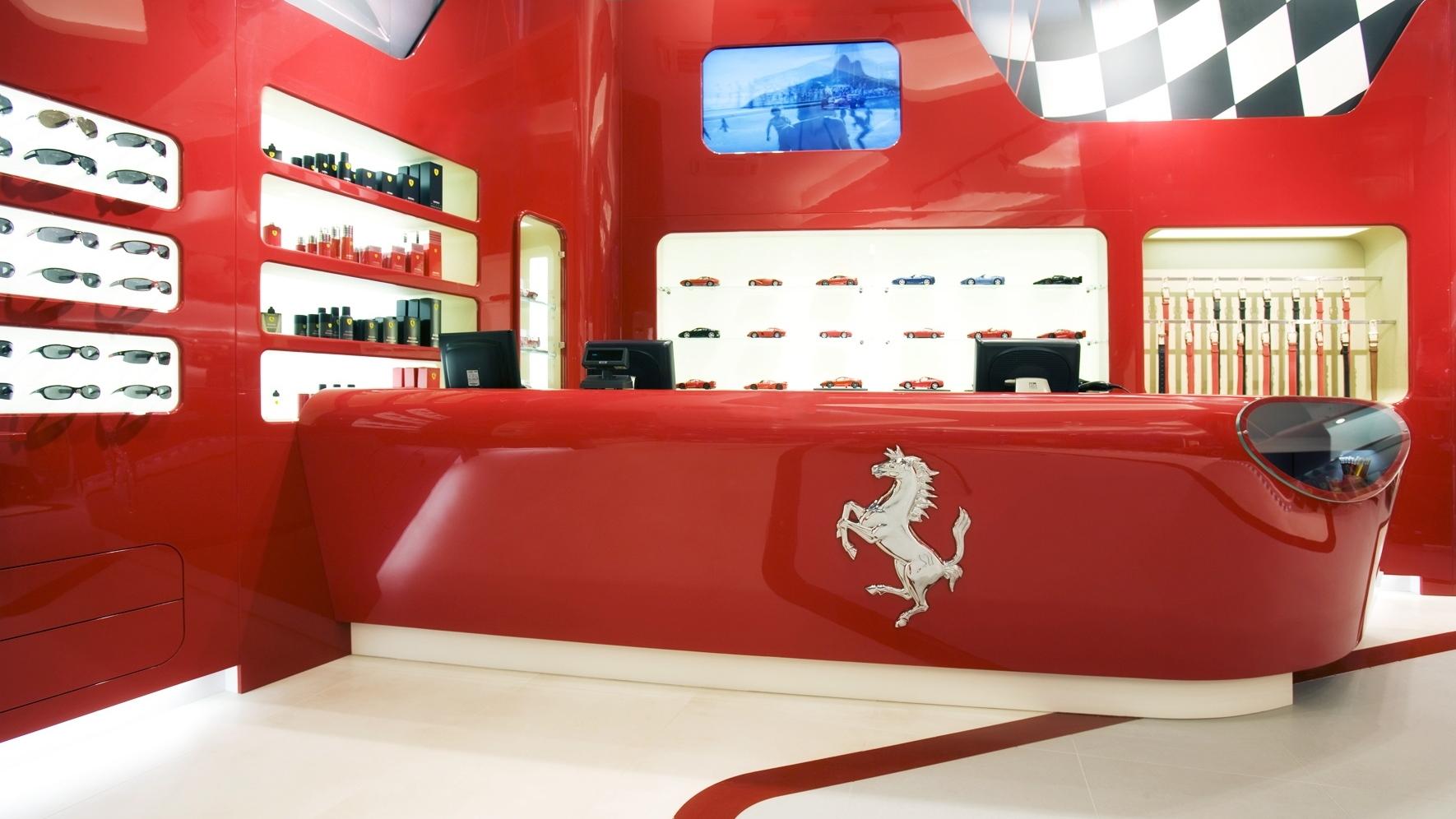 ferrari nurburgring store 001