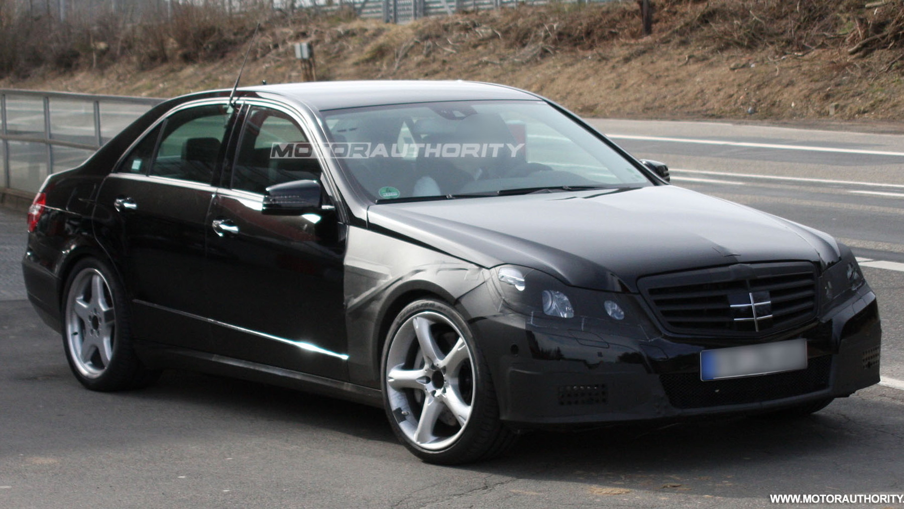 2010 mercedes benz e63 amg spy shots march 003