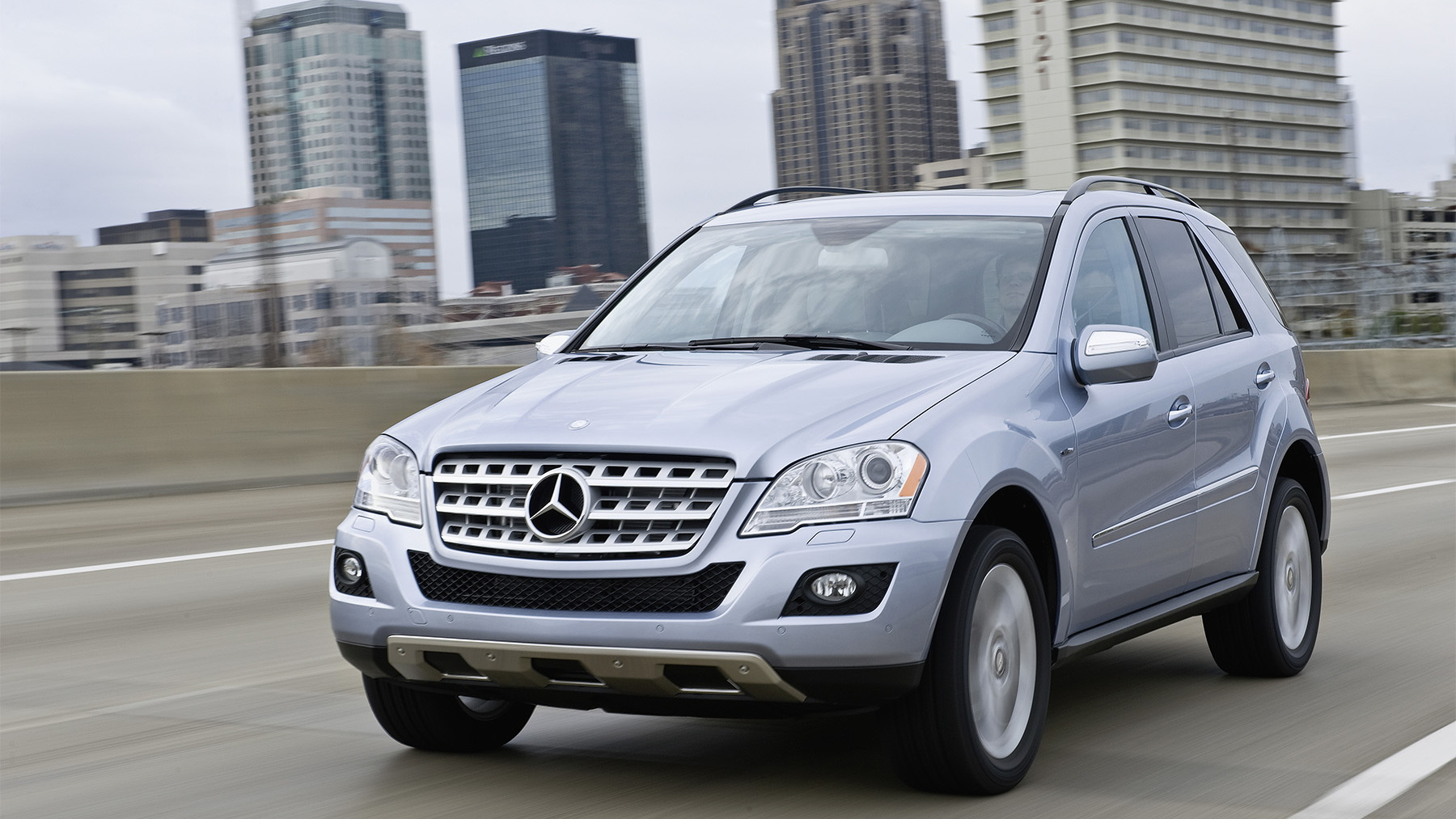 2010 mercedes benz ml450 hybrid 005