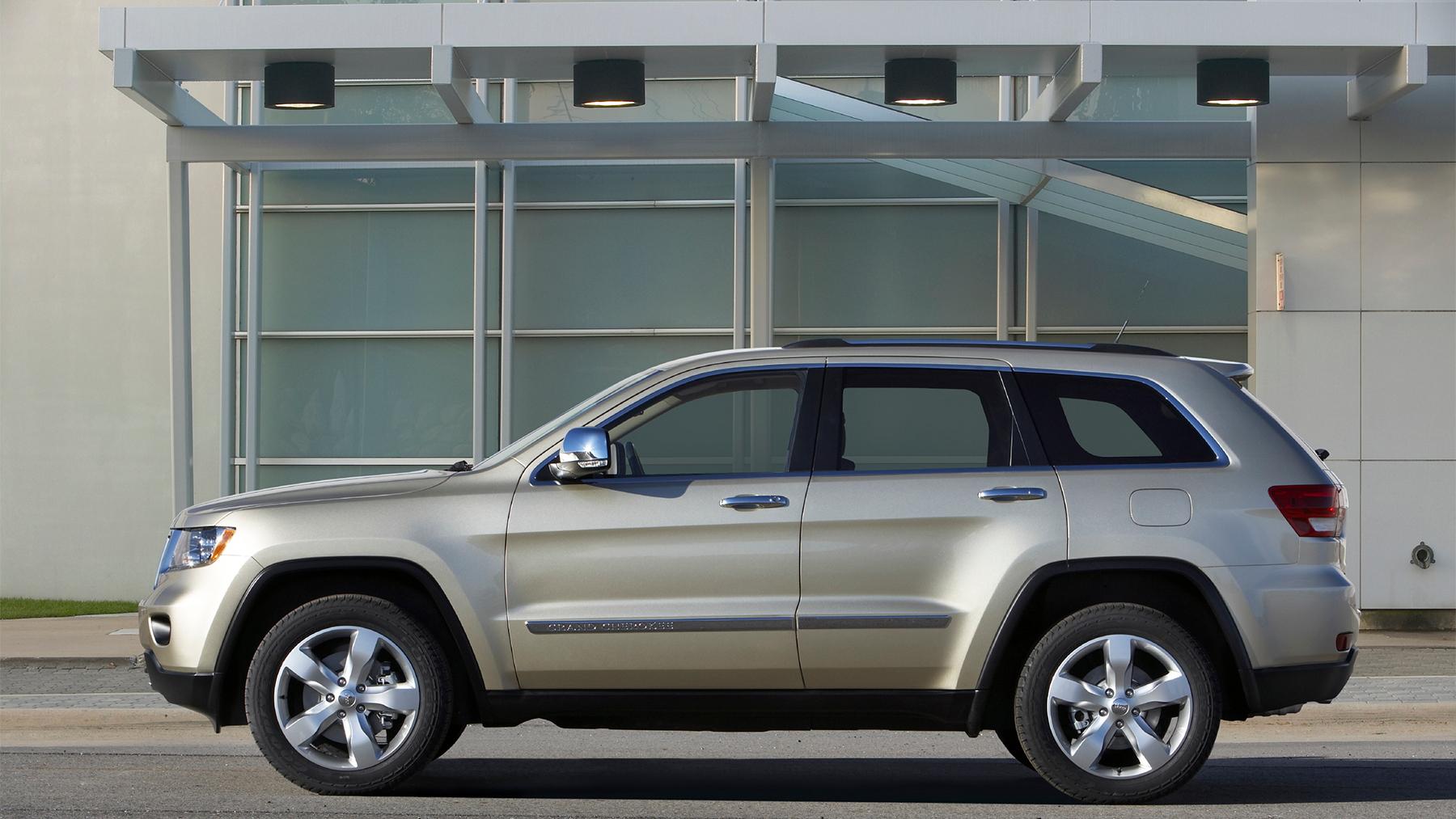 2011 jeep grand cherokee 009