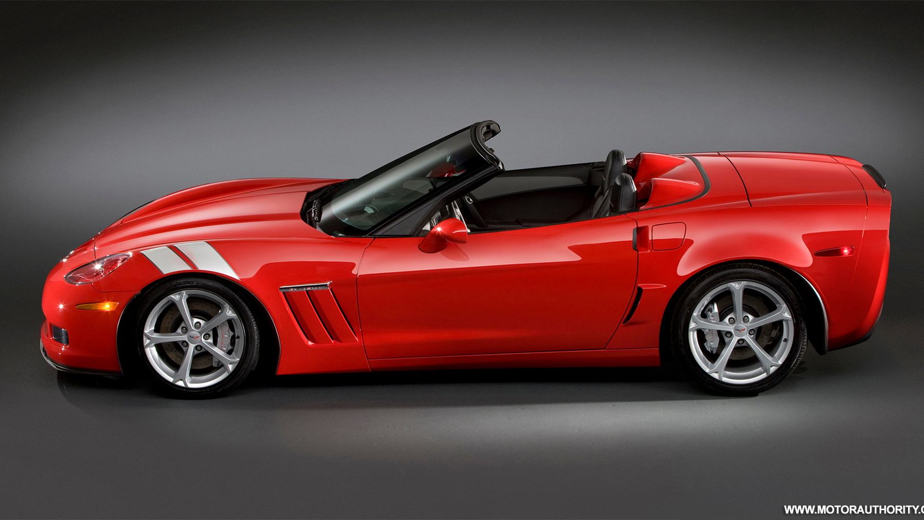 2010 chevrolet corvette grand sport convertible 002