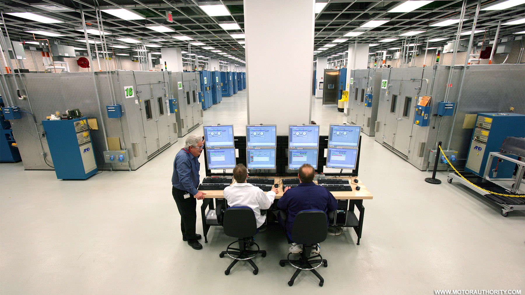 gm global battery systems lab 007