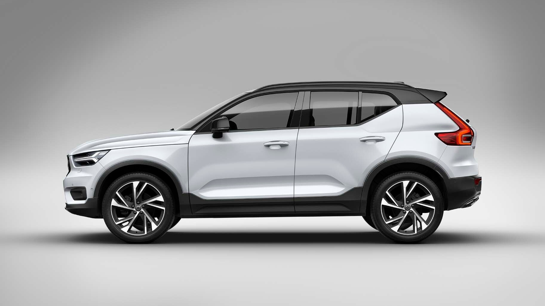 2019 Volvo XC40 First Drive