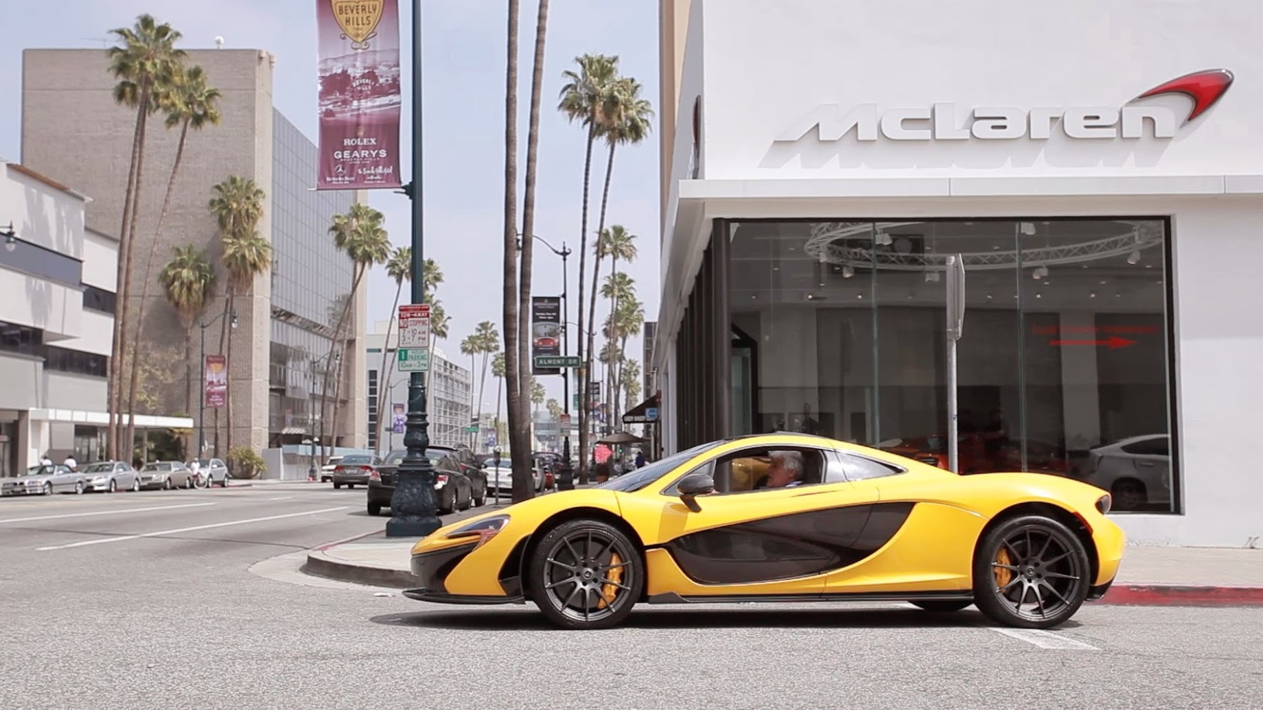 Jay Leno's McLaren P1 being delivered in Beverly Hills