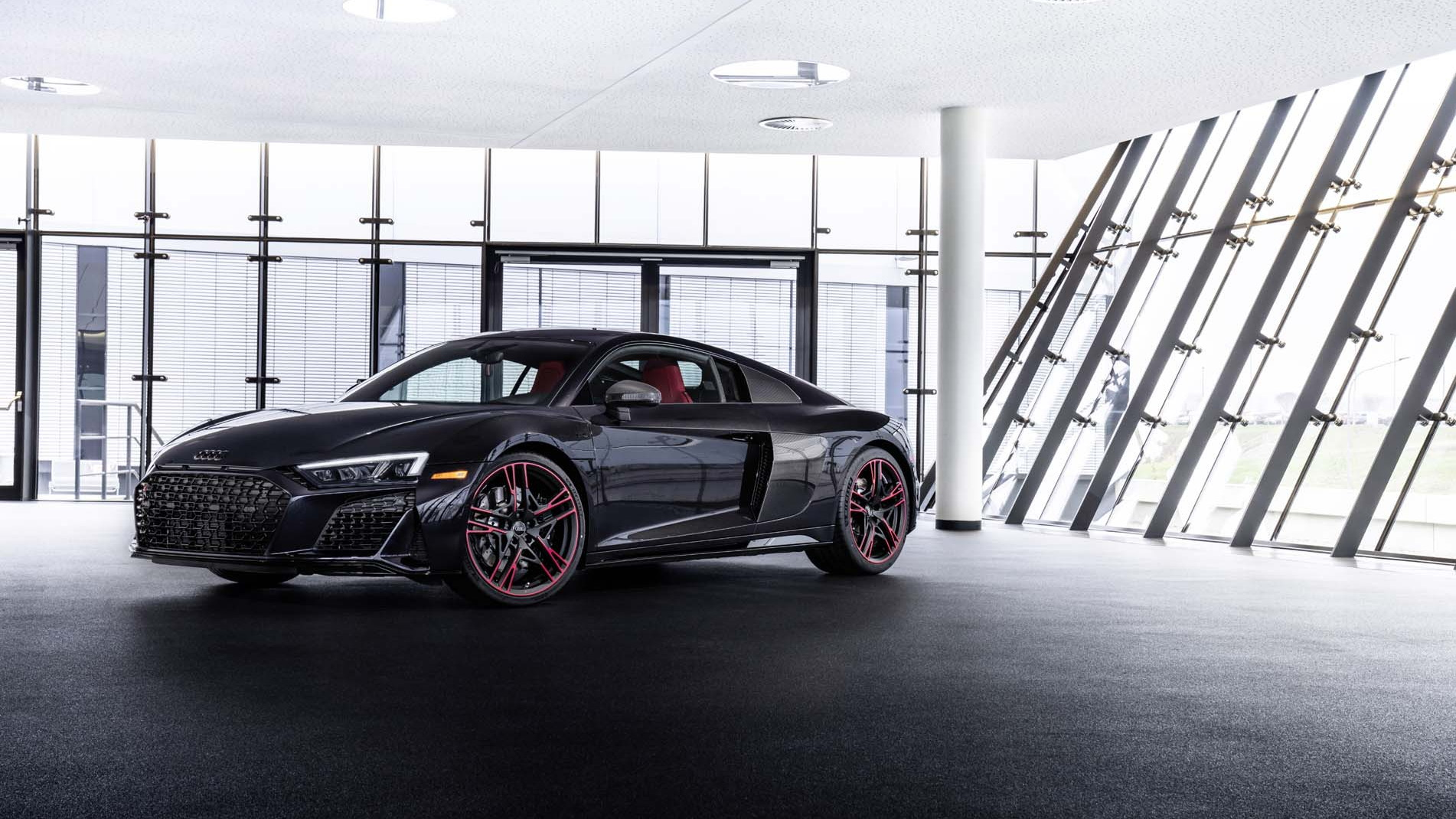2021 Audi R8 V10 RWD Panther edition
