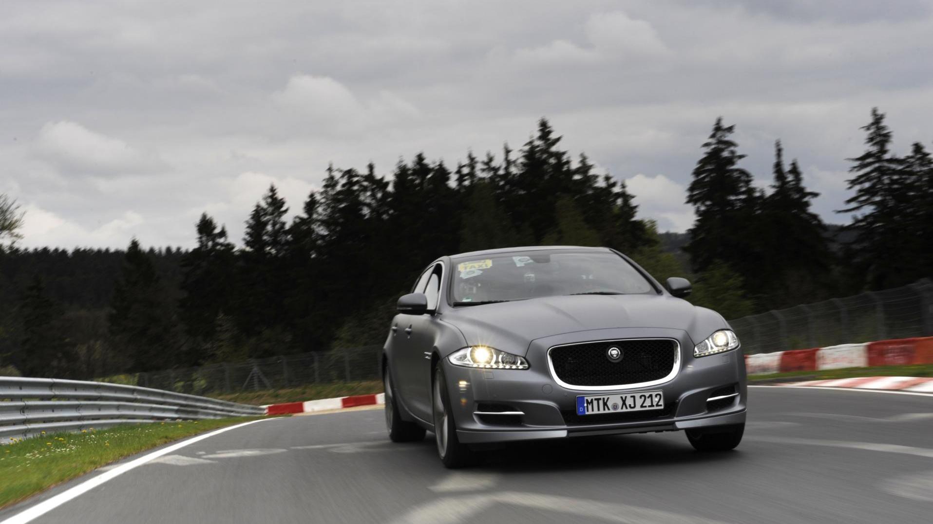 Jaguar XJ Sport And Speed Nürburgring Taxi