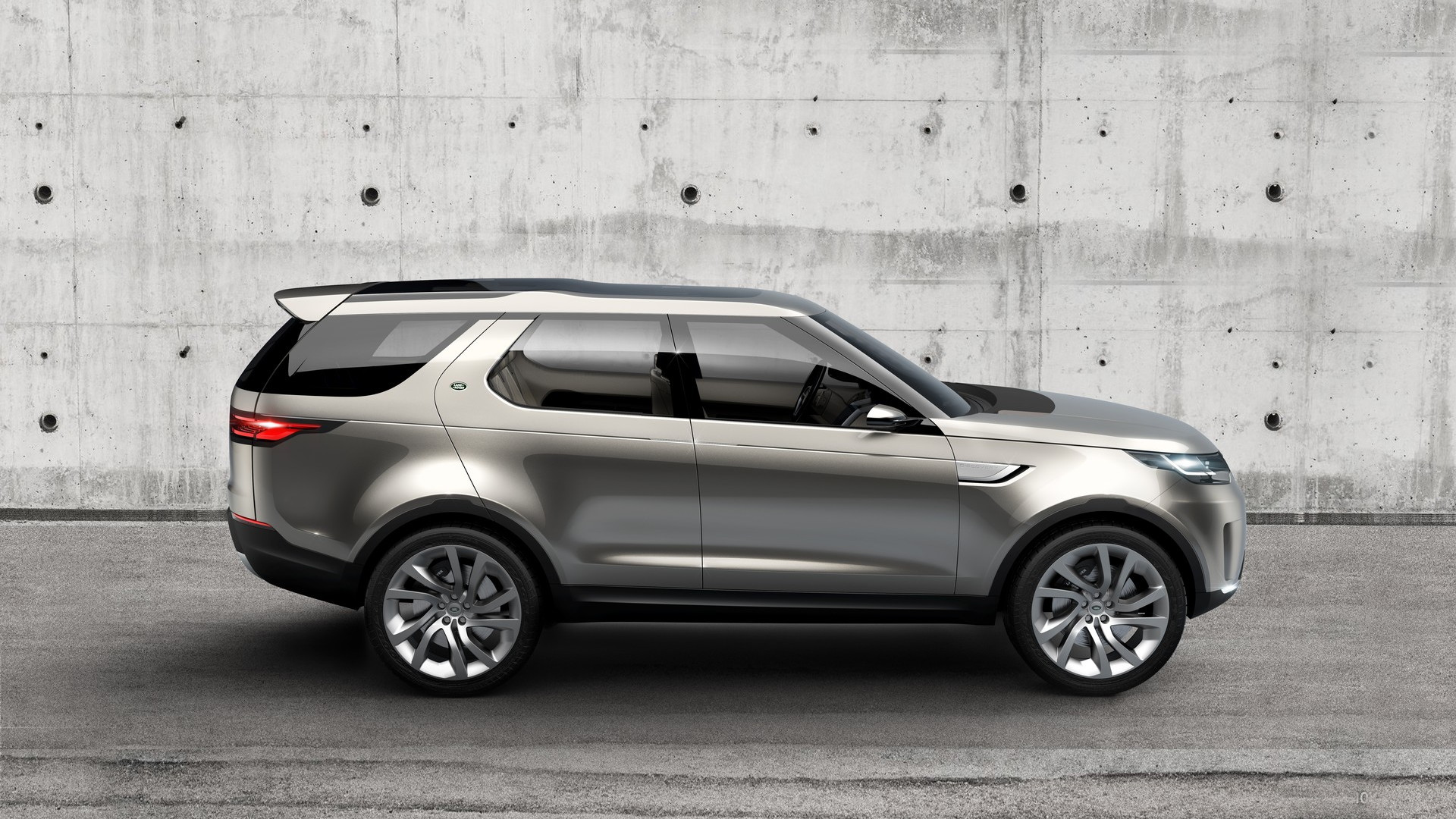Land Rover Discovery Vision Concept  -  2014 New York Auto Show