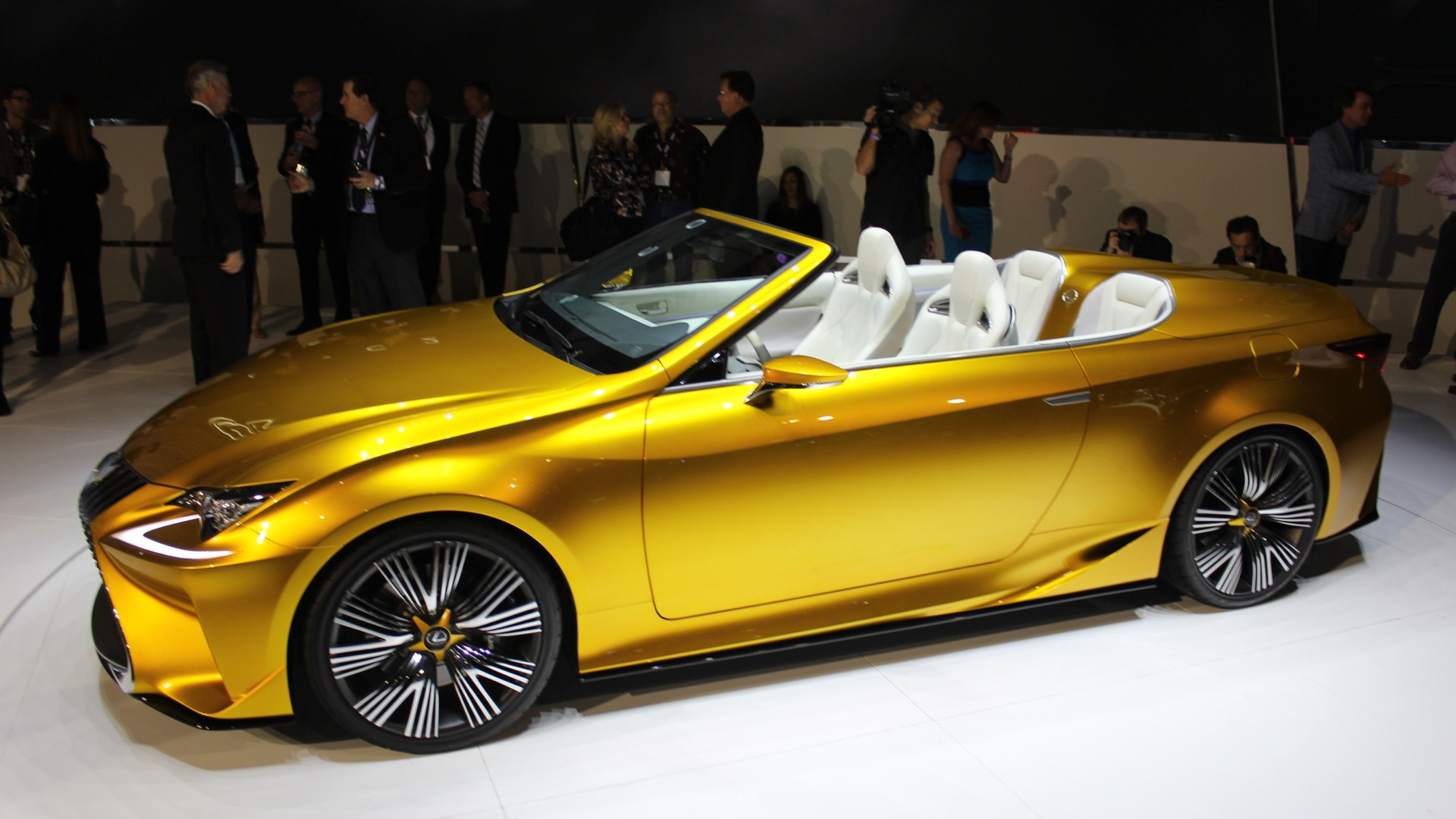 Lexus LF-C2 Concept Convertible  -  2014 Los Angeles Auto Show live photos