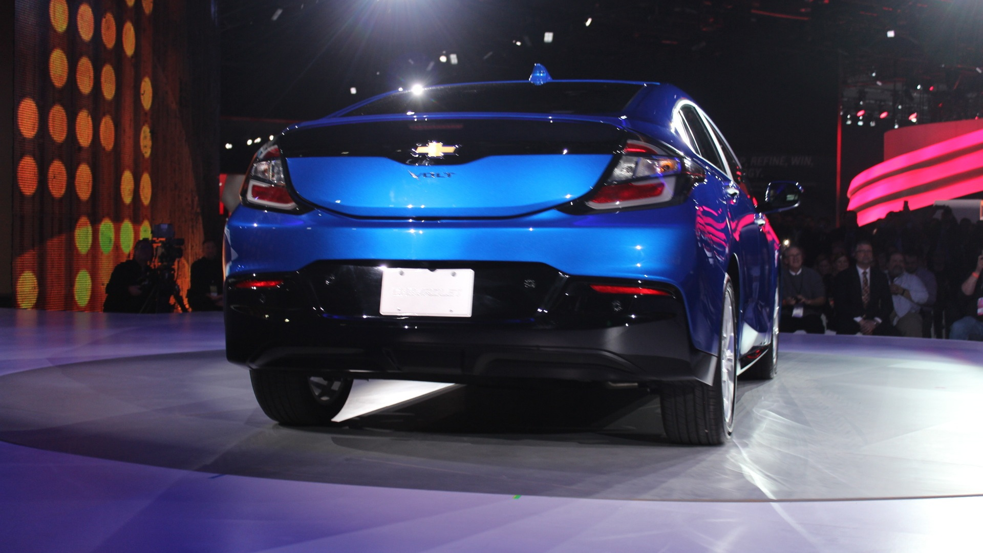 2016 Chevrolet Volt  -  Detroit Auto Show Live Photos