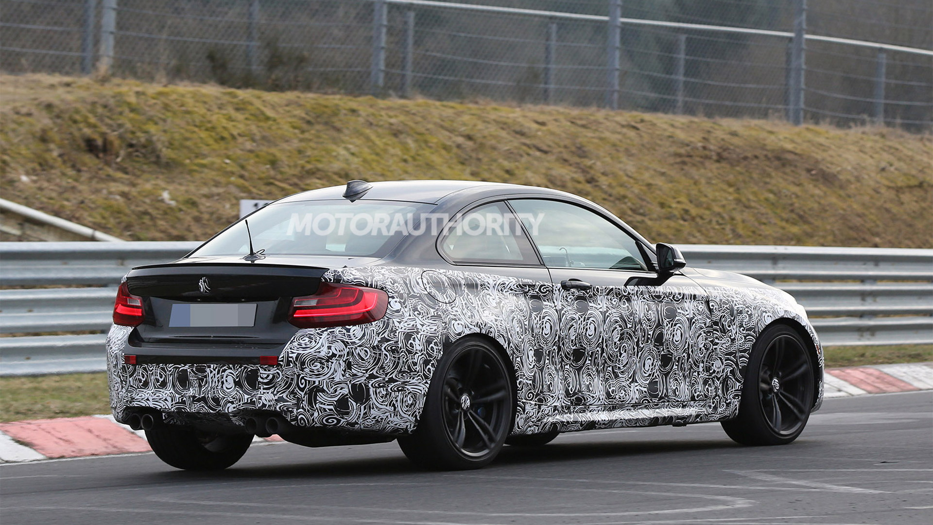 2016 BMW M2 spy shots - Image via S. Baldauf/SB-Medien