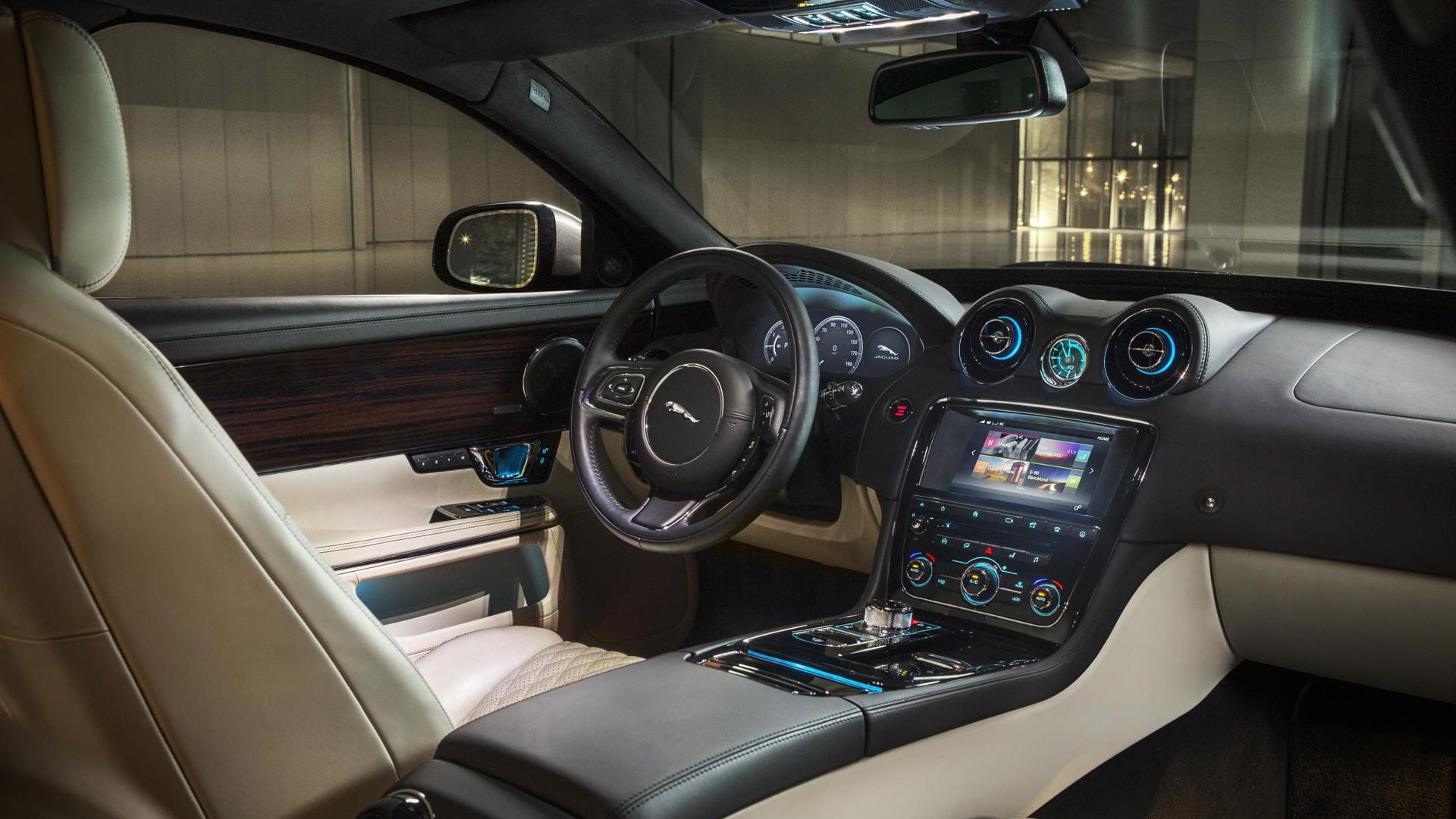 2016 Jaguar XJ Portfolio