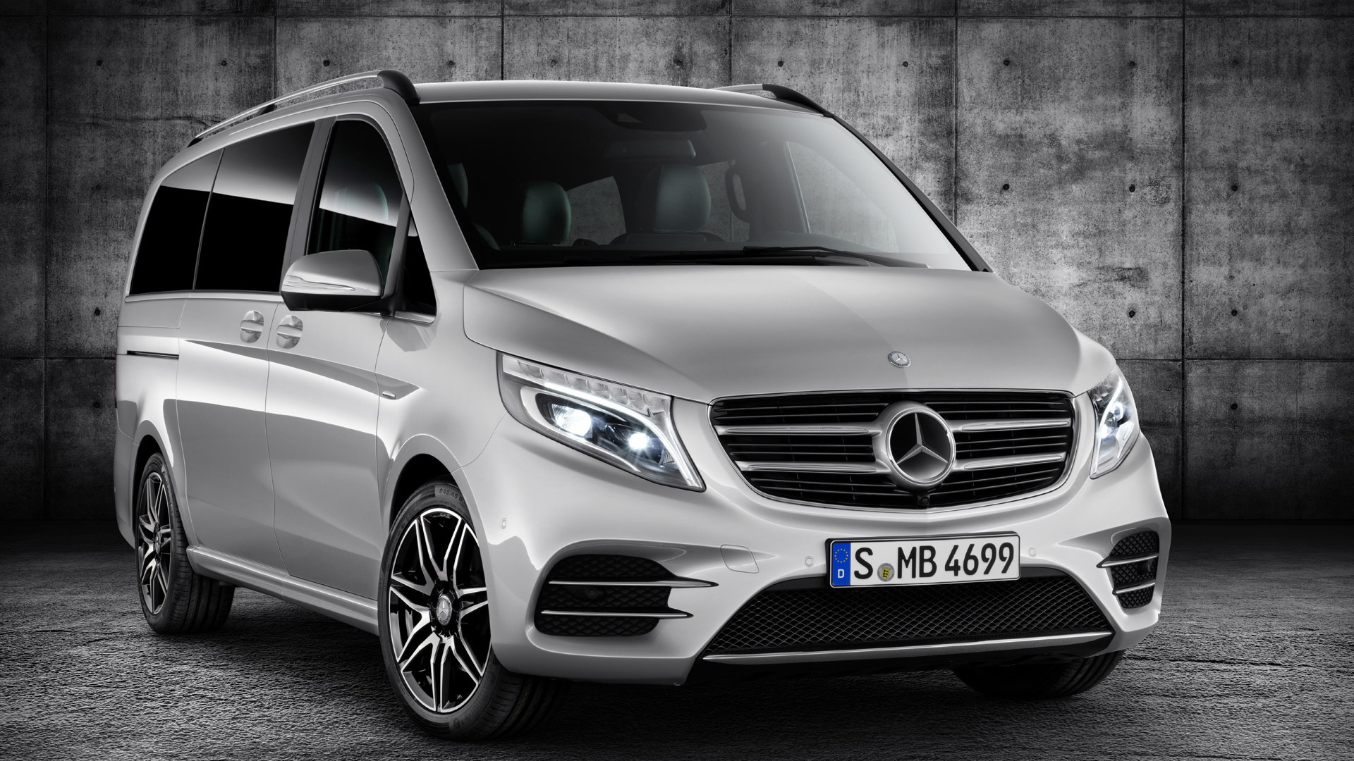 2015 Mercedes-Benz V-Class equipped with AMG Line package