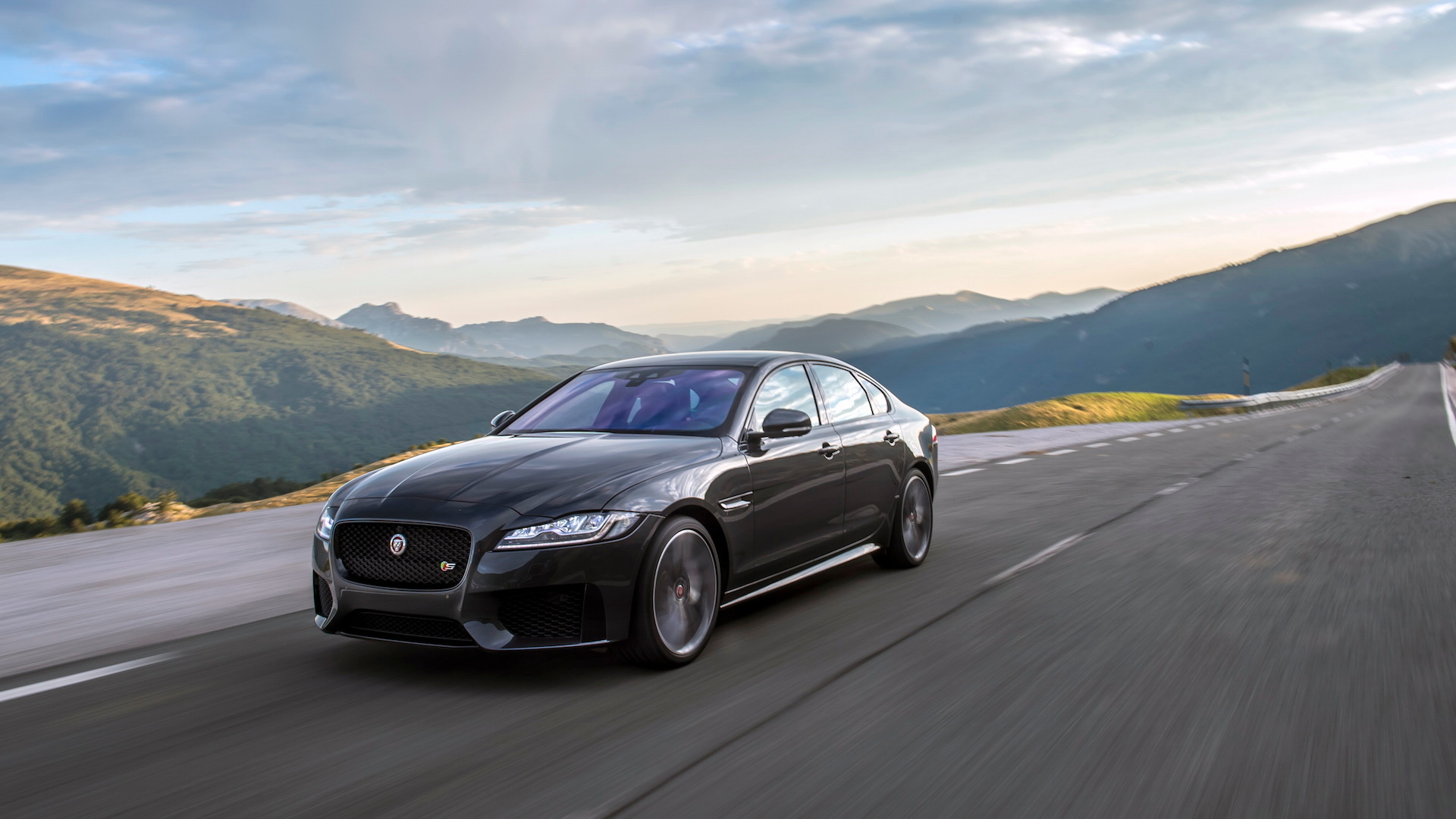 2016 Jaguar XF V6 S AWD
