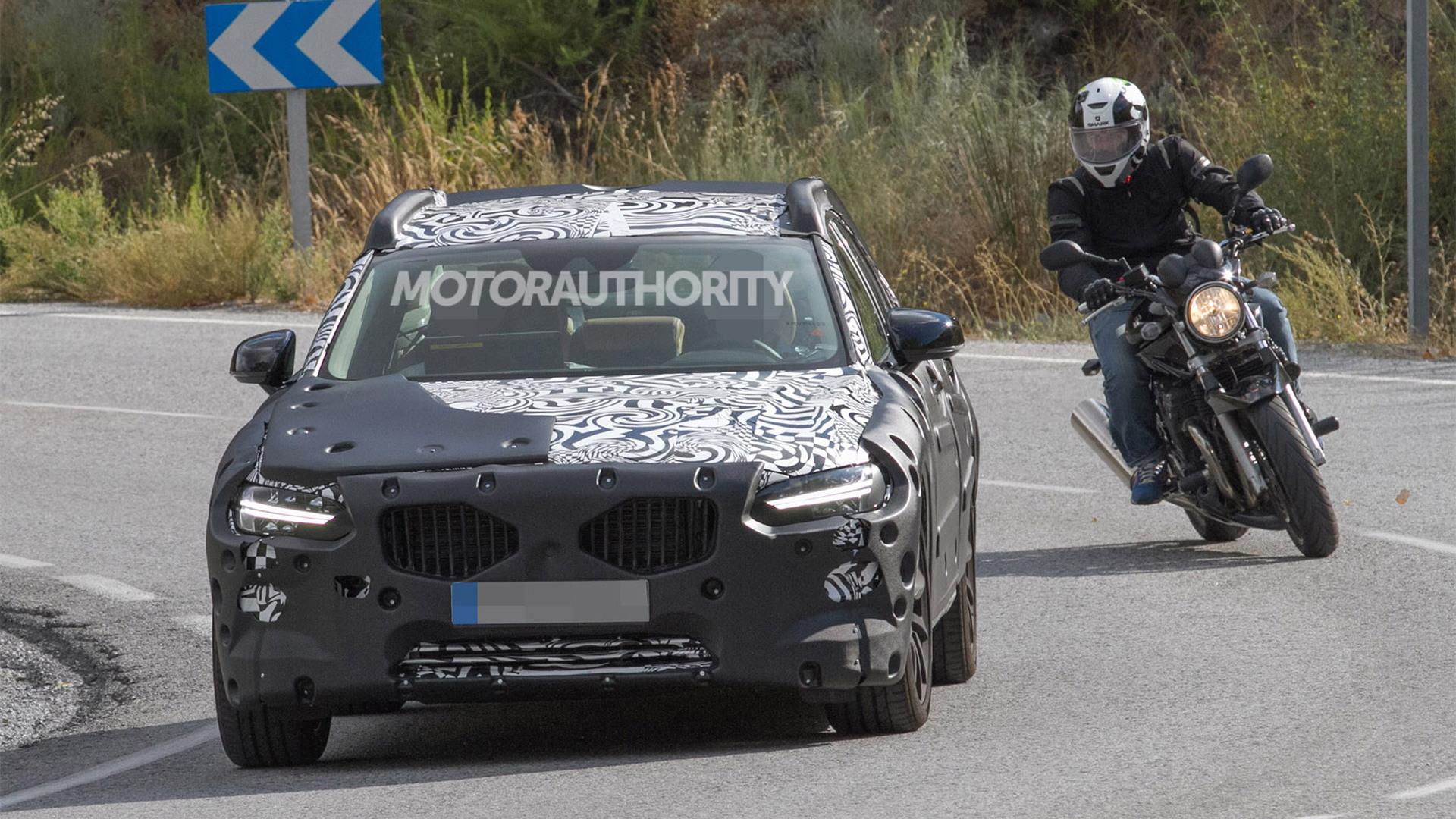 2017 Volvo S90 spy shots - Image via S. Baldauf/SB-Medien