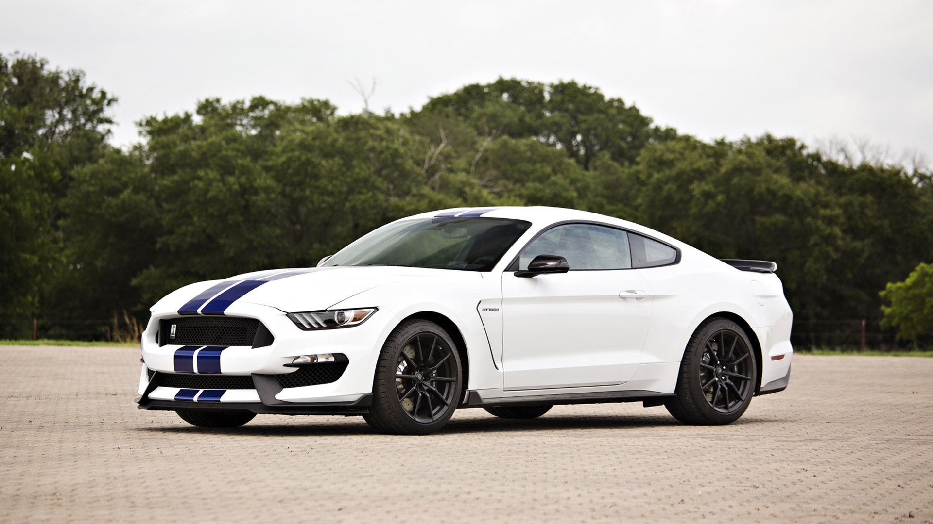 2016 Ford Mustang Shelby GT350 signed by George W. Bush
