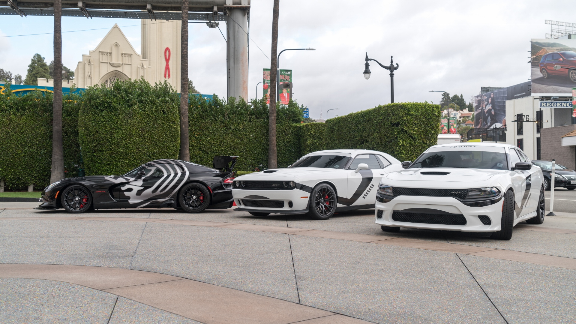 dodge star wars cars invade los angeles for 39 star wars. Black Bedroom Furniture Sets. Home Design Ideas