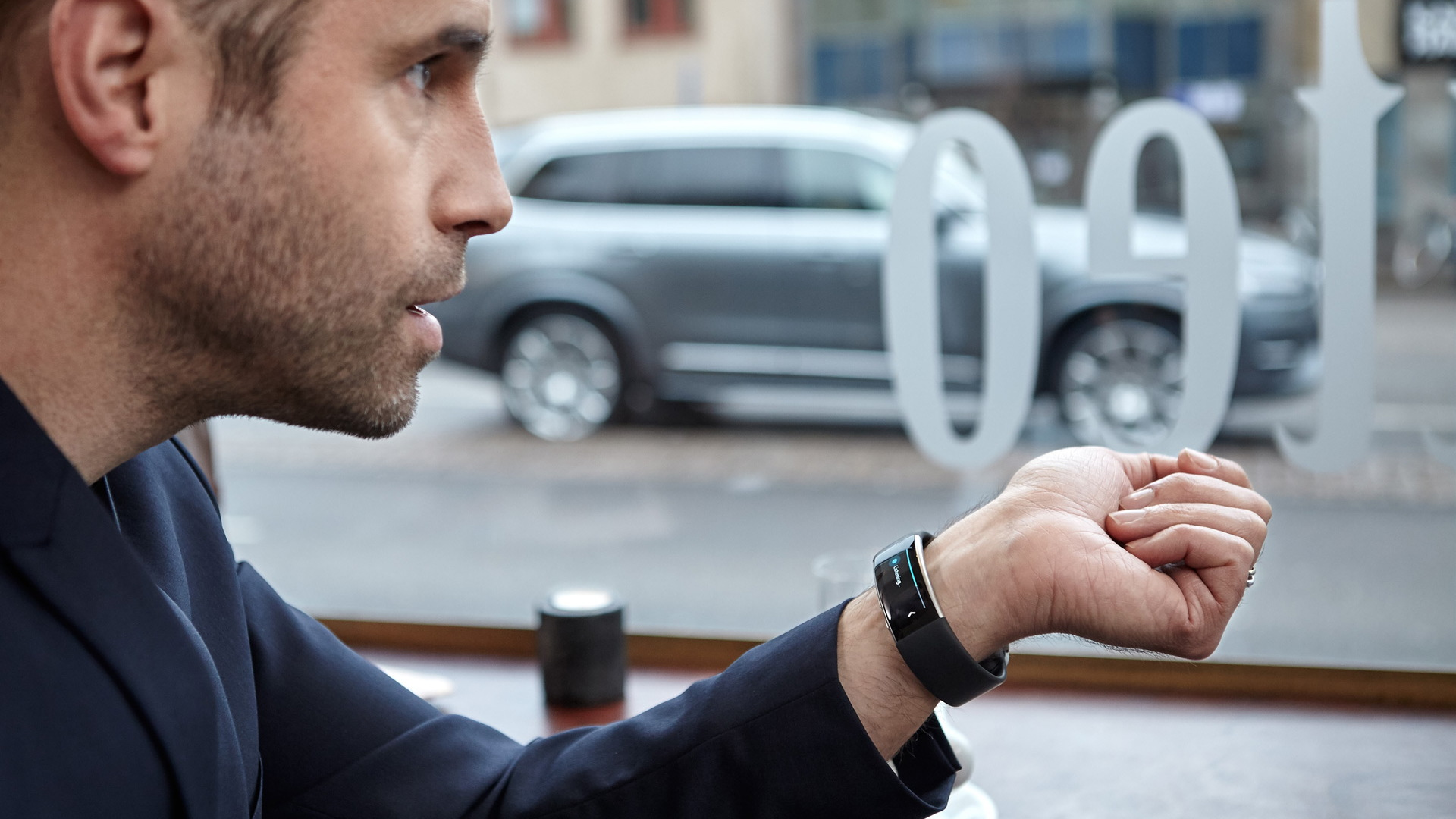 Volvo voice control with Microsoft Band 2 smartwatch