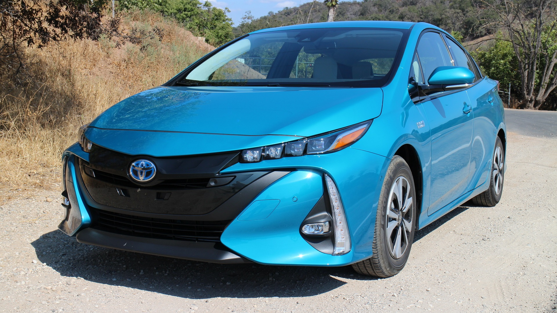 2017 Toyota Prius Prime test drive, Ojai, California, Sep 2016