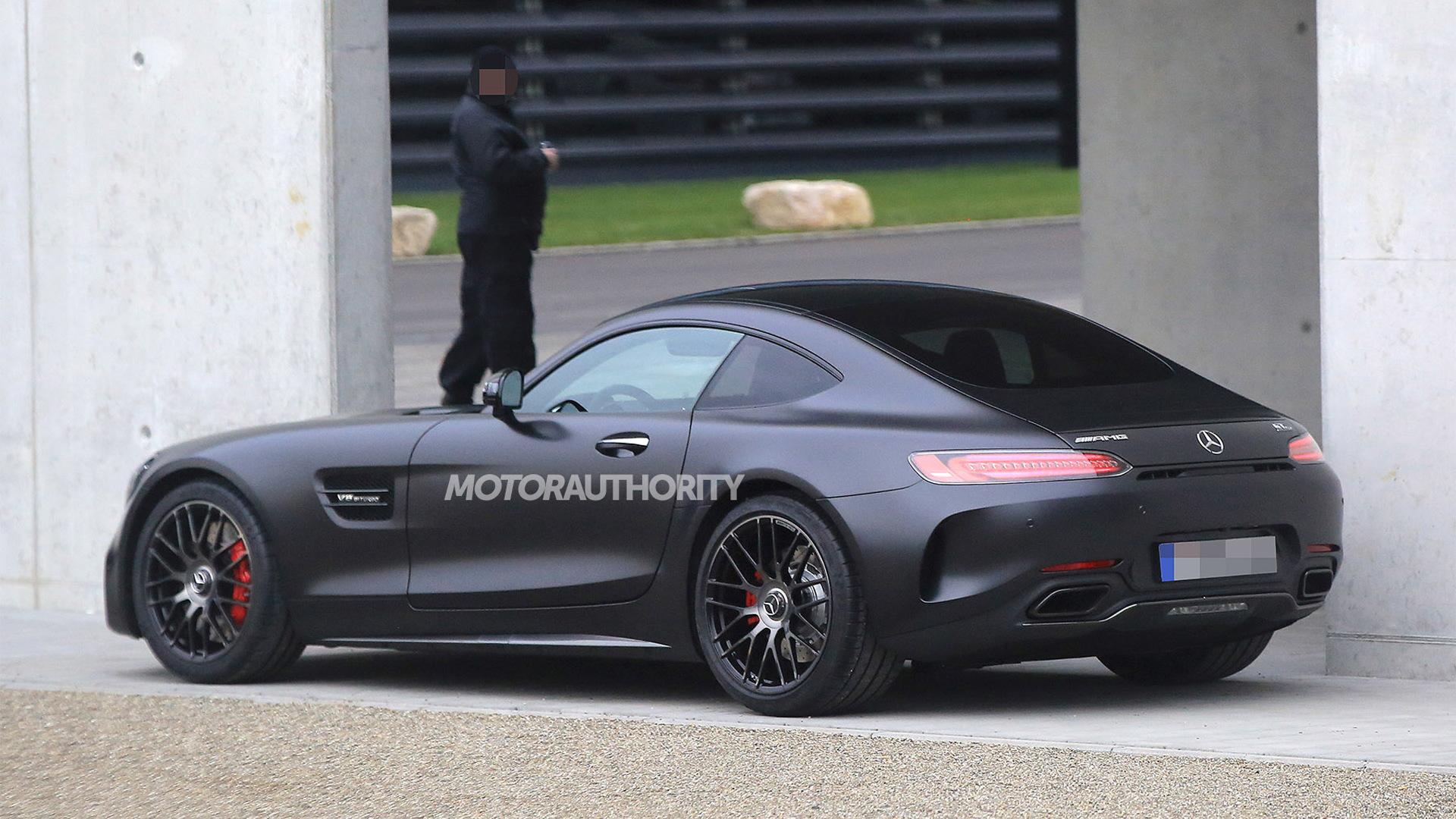 2018 Mercedes-AMG GT C spy shots - Image via S. Baldauf/SB-Medien
