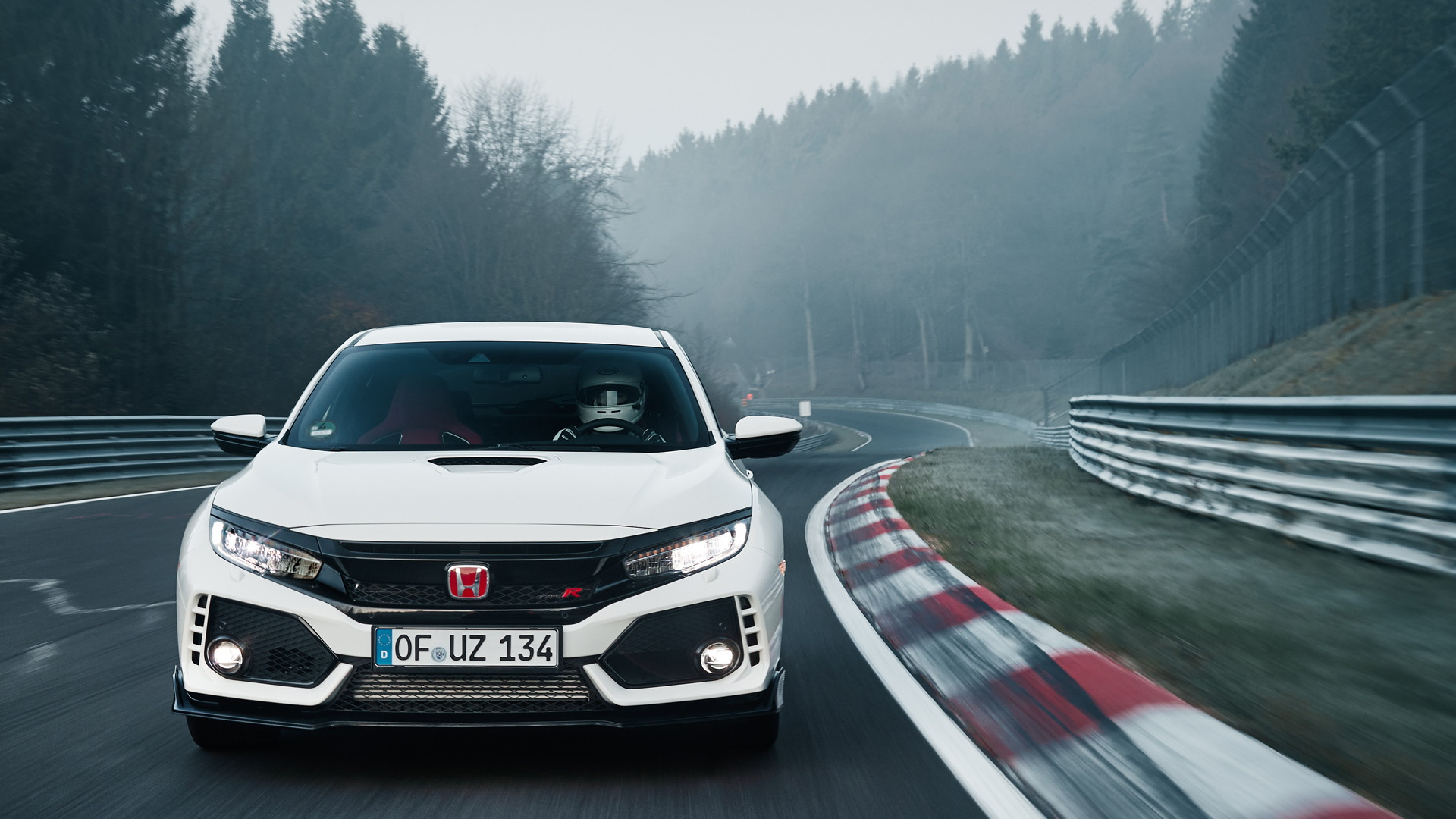 2017 Honda Civic Type R during April 3, 2017 Nürburgring record attempt