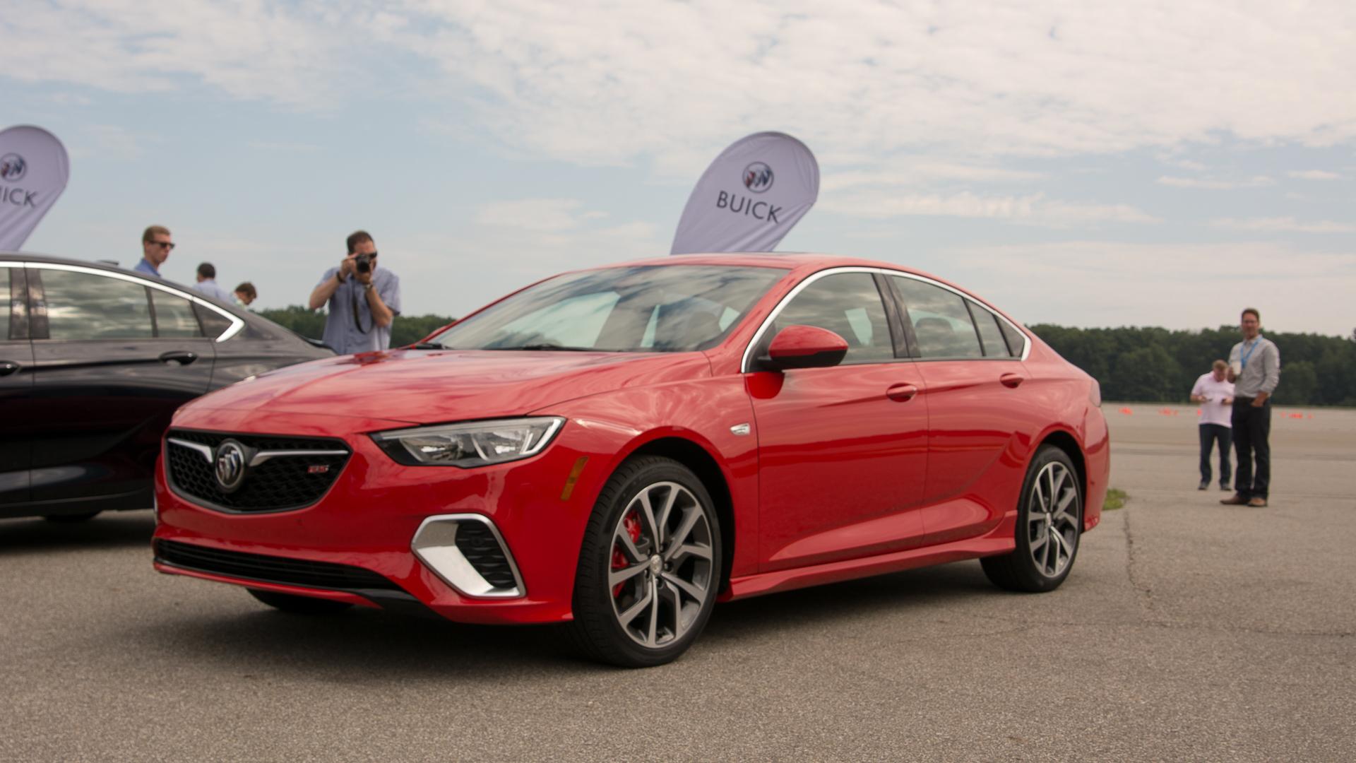 2018 Buick Regal GS debut