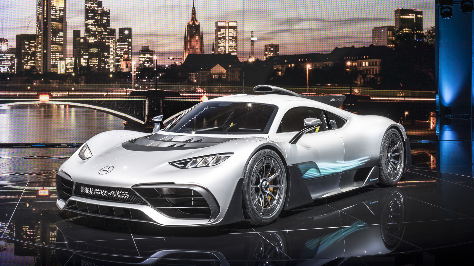 Mercedes-AMG Project One looks insane on the road