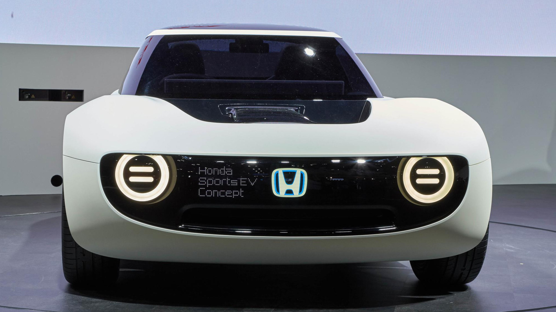 Honda Brings Electric Sports Car Concept To Tokyo Motor Show