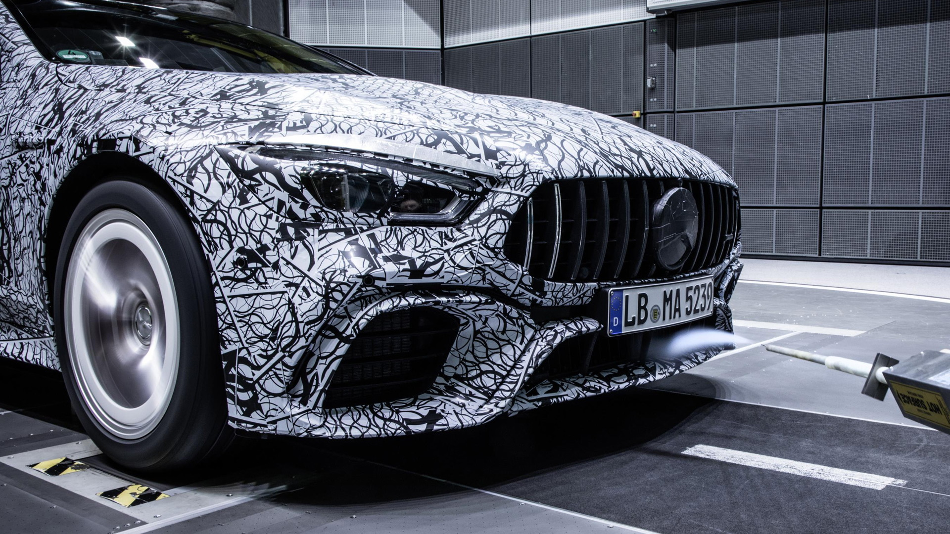 Teaser for Mercedes-AMG GT Coupe debuting at 2018 Geneva auto show