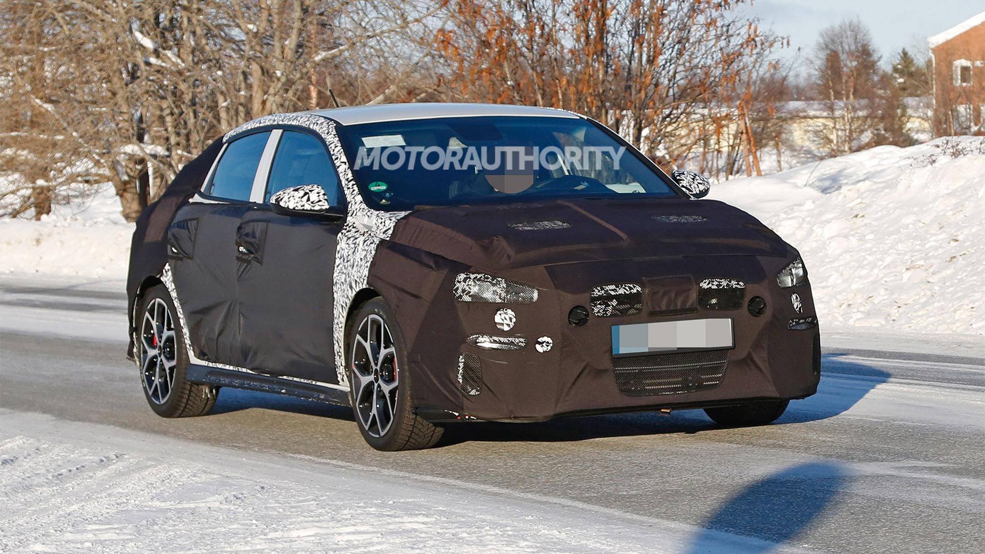 2019 Hyundai i30 Fastback N spy shots - Image via S. Baldauf/SB-Medien
